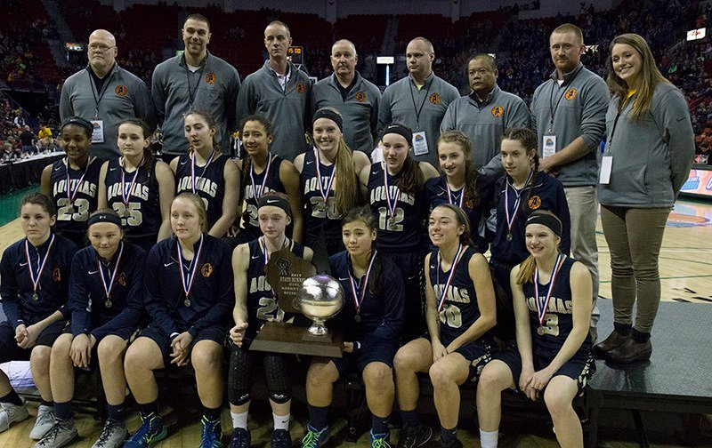 Aquinas Blugolds-2017 WIAA Division 4 State Runners Up