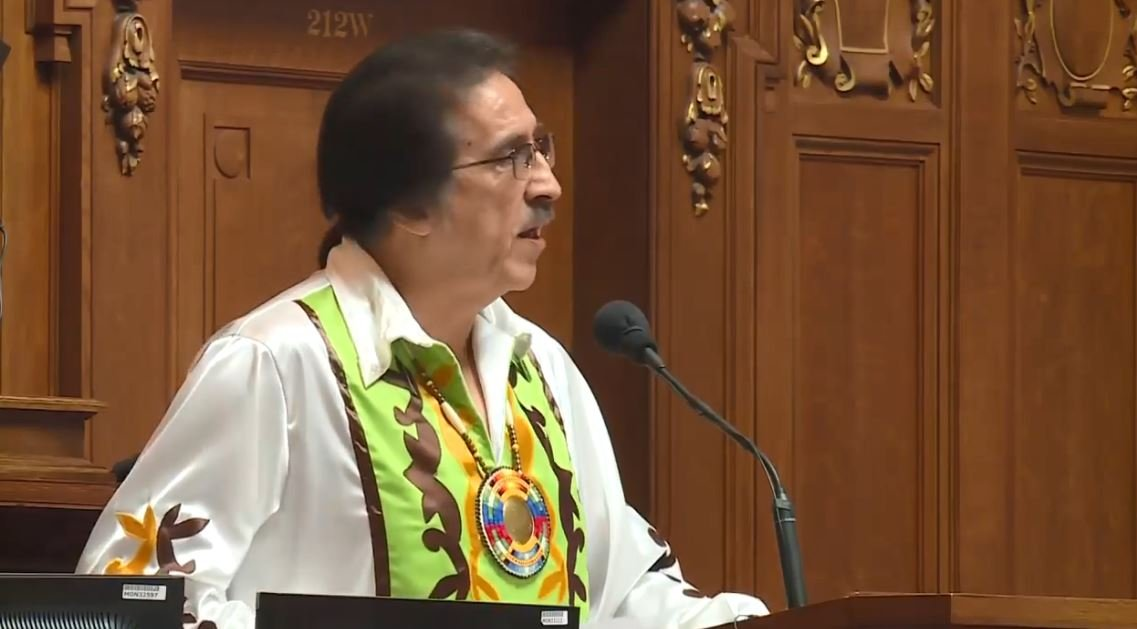 Gary Besaw delivering the annual State of the Tribes speech at the Wisconsin State Capitol.