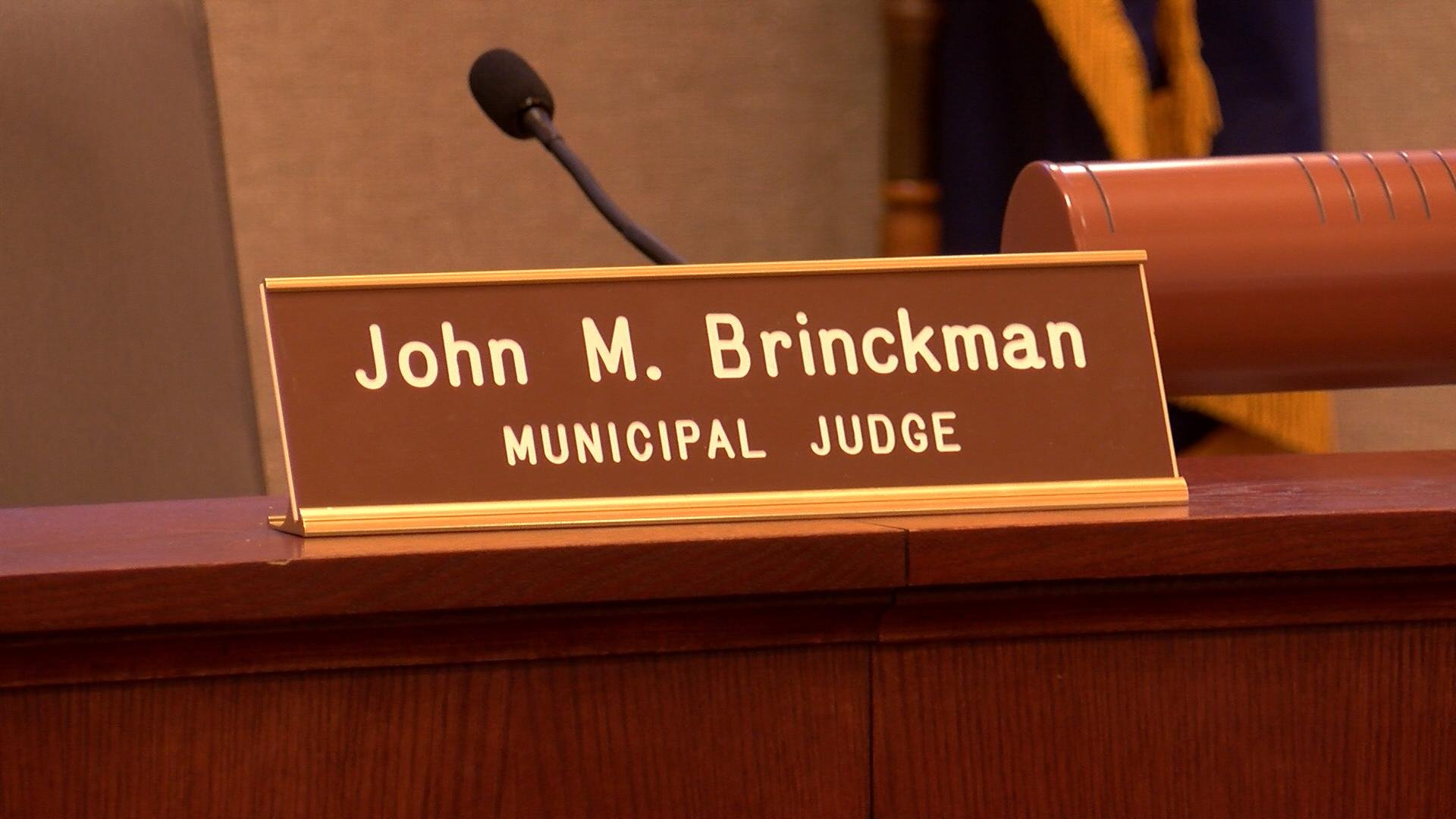 Sign in Onalaska City Council Chambers for Judge John Brinckman.