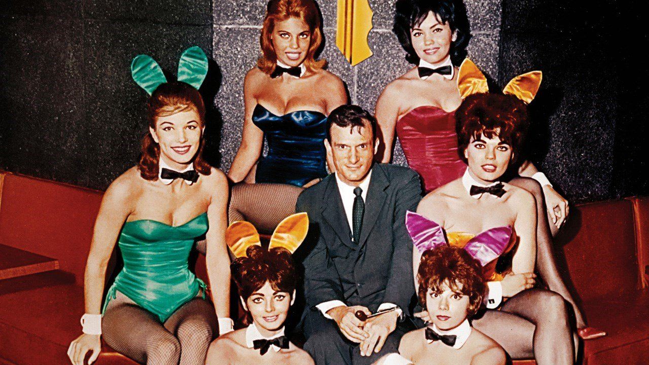 1960 photo of Playboy founder Hugh Hefner and several Playboy bunnies in Chicago. (MGN Online photo)