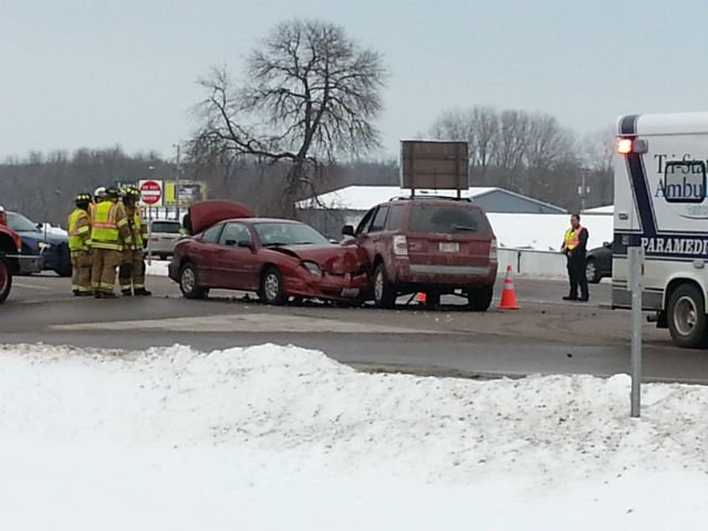 Crash at the intersection of Highway 14/61 and 4th Street in La Crescent.