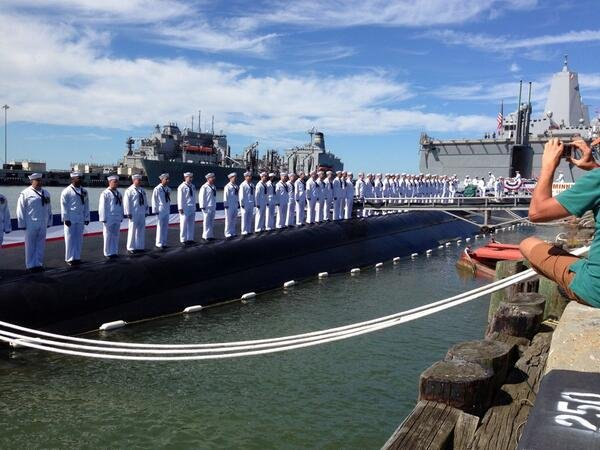 Crew of USS Minnesota stand at attention during commissioning ceremony in Norfolk (Photo by State Rep. Brian Johnson)