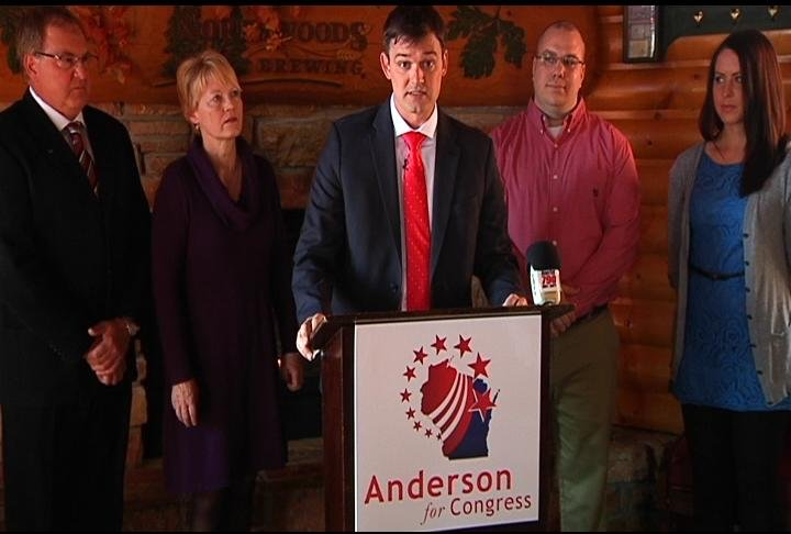 Anderson at an Eau Claire news conference announcing his candidacy.