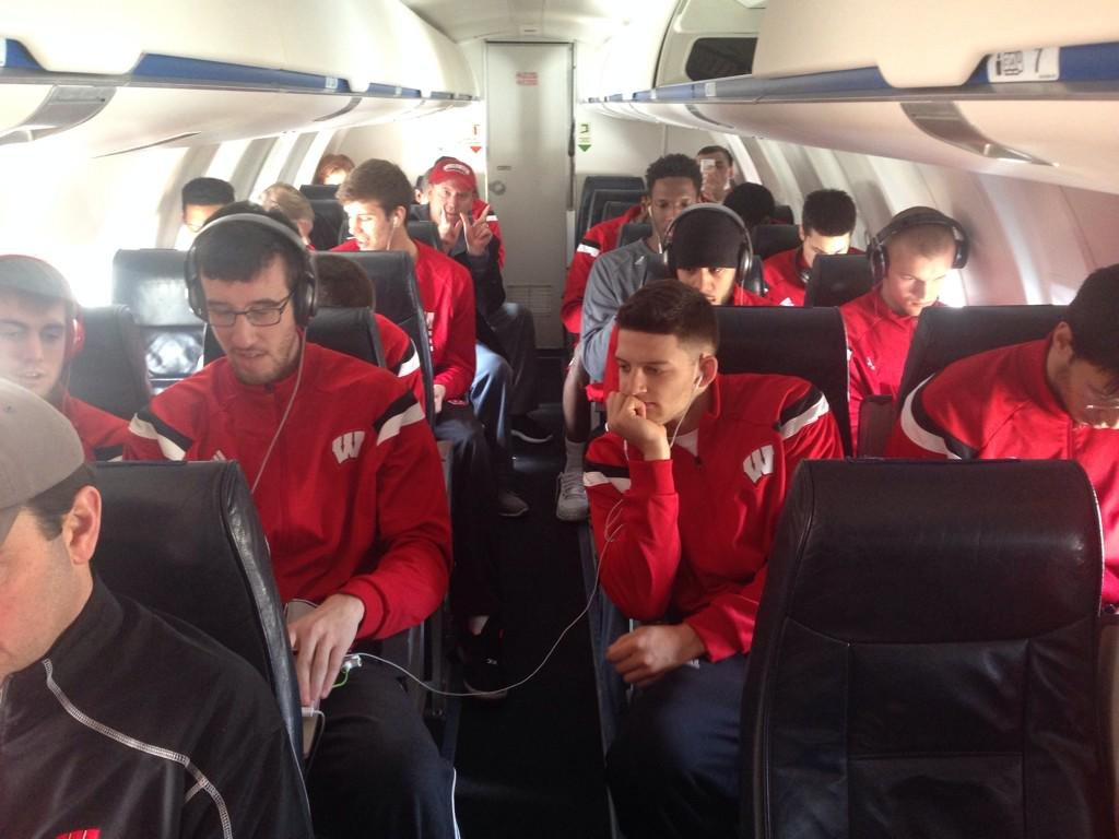 Badger basketball players on their trip back to Madison Wednesday.