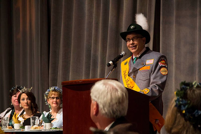 2015 Festmaster Chuck Roth talks at the Festmaster's Ball on Oct. 2, 2015