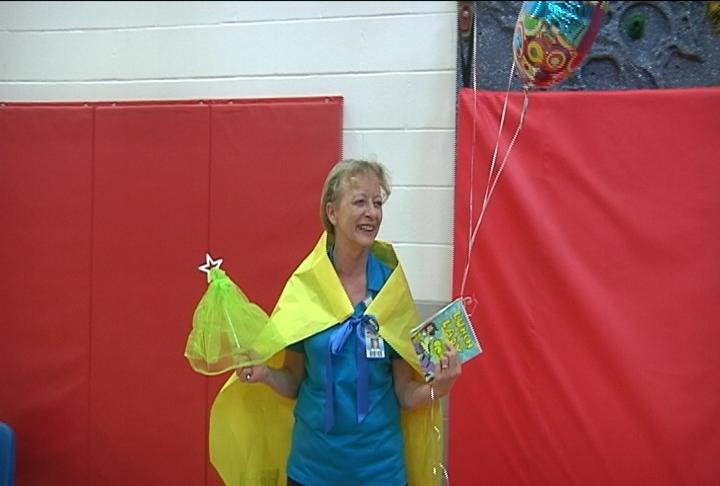 miss denise de lao surprised on school hero day at  ~ Wand Tv Weather School Closings