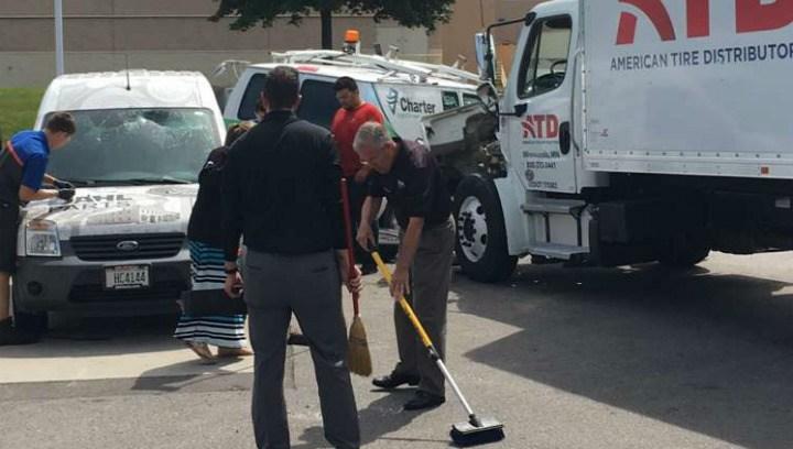 van crashes through garage door at dahl ford - wxow news 19 la