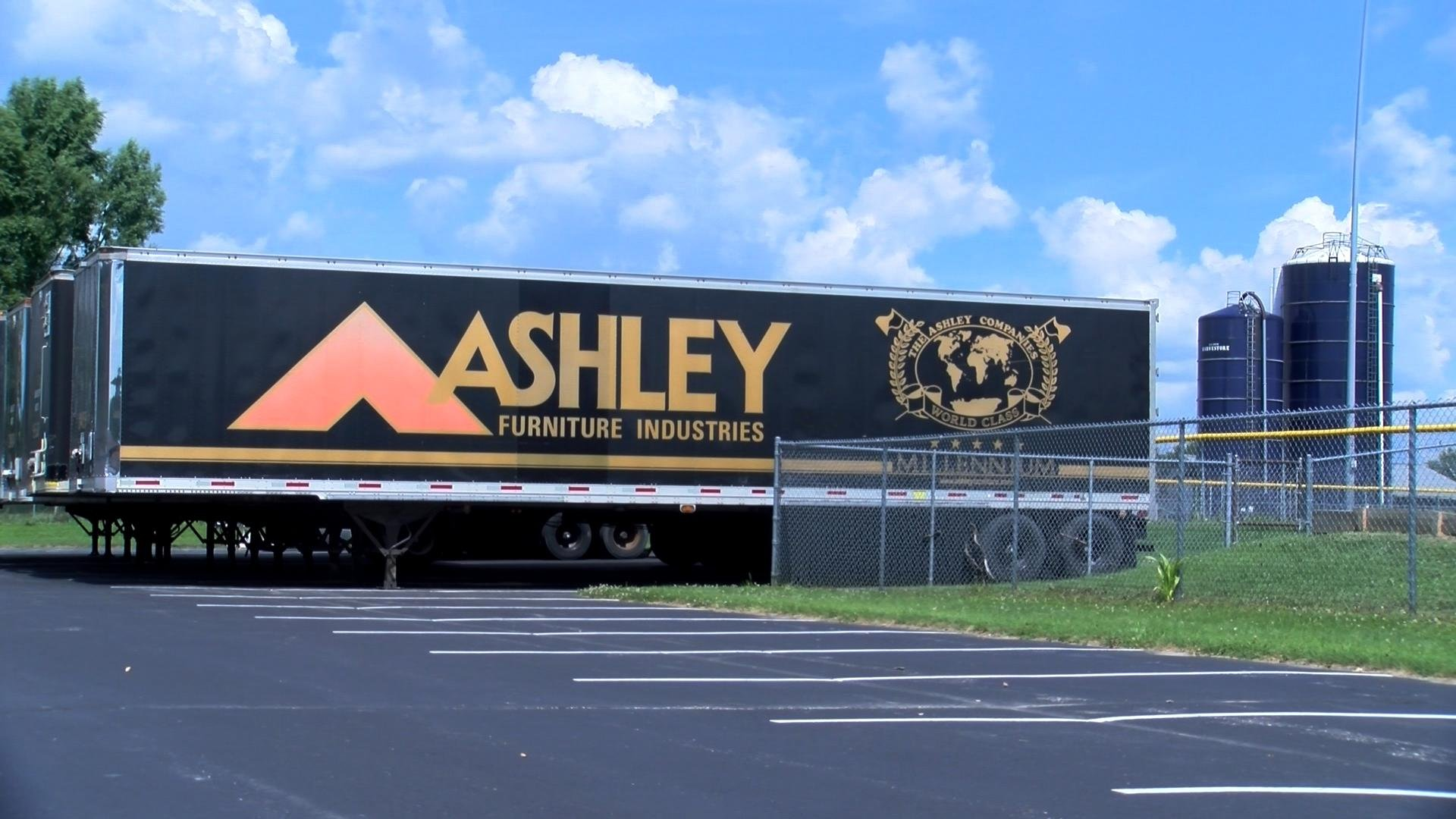 Final Day Of Ashley For The Arts Wxow News 19 La Crosse