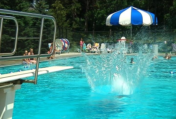 La Crosse Officials Regulate Pool Safety Wxow News 19 La Crosse Wi News Weather And Sports